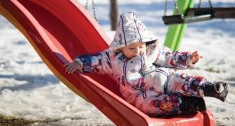 Lasciate che i bambini giochino all'aperto: non è il freddo, ma sono i luoghi chiusi e affollati che fanno ammalare