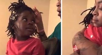 Una bimba scoppia in lacrime davanti allo specchio e dice Sono brutta: la parrucchiera la abbraccia e la conforta