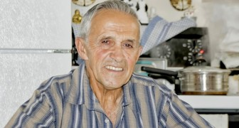 He returns from the USA for a birthday but does not know he has Covid-19: his grandfather is infected and dies days later