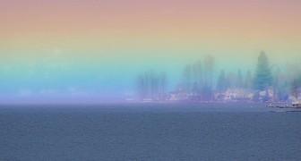 Fotografa un rarissimo arcobaleno orizzontale durante l'alba: un'immagine spettacolare e piena di speranza