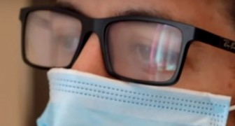 2 practical tips to prevent your glasses from fogging up if you wear a protective mask