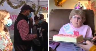Uma mulher faz 109 anos isolada em um lar de idosos: filhos e netos a celebram pela janela