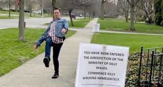 Una donna mette un cartello in cui invita i passanti a camminare in modo strano edottiene performance esilaranti