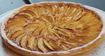 Apple pie: the simple recipe with few ingredients just like Grandma used to make