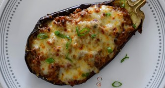 Stuffed eggplant: a simple and tasty dish easy on the waistline