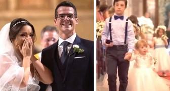 De bruidegom verraste zijn vrouw tijdens de ceremonie door haar kleine patiënten de kerk binnen te laten