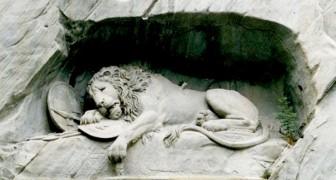De leeuw van Luzern: het beeldhouwwerk waarin de kunstenaar uit boosheid het silhouet van een varken verborg