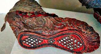 Deze laars is 2300 jaar oud en is perfect bewaard gebleven onder een laag ijs