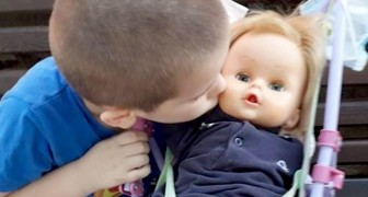Ik ben de vader, niet de moeder!: Het wijze antwoord van een kind aan degene die hem beschuldigden van het spelen met een pop