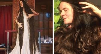 Cette femme a des cheveux longs de 1,80 mètre : pour beaucoup, elle est la Raiponce de la vie réelle