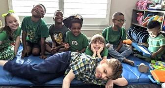 Um casal adota 5 irmãos para são separá-los e, junto com seus filhos biológicos, formam uma enorme família feliz