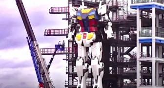 Japan, een kolossale Gundam -robot zet zijn eerste stappen: het is de langste ter wereld