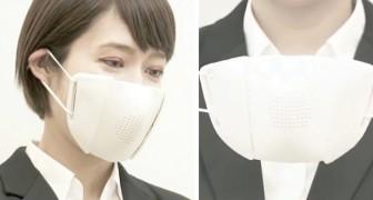 Una startup giapponese ha inventato una mascherina che amplifica la voce di chi la indossa
