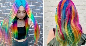 Un parrucchiere trasforma le chiome delle clienti in code di unicorno dal colore dell'arcobaleno