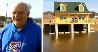 Un uomo con l'hobby della pesca costruisce una casa che gli permette di pescare direttamente dal soggiorno