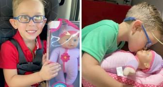 En pojke ber sin mamma köpa en docka åt honom som han kan ta hand om för att han vill bli en duktig pappa