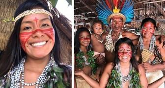 Questa giovane indigena ha portato lo smartphone nella sua tribù per mostrare la vita nella foresta amazzonica