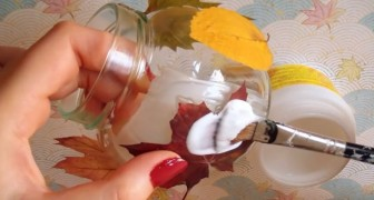 WOW Look what happens when you covers a jar with leaves and glue !