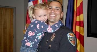 Een politieagent besluit een 4-jarig meisje te adopteren dat is mishandeld: nu vormen ze een gelukkig gezin