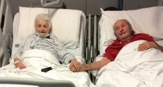 Die beiden 90-jährigen von Covid genesenen Eheleute: Das Foto Hand in Hand im Krankenhaus ist ein Symbol der Liebe und Hoffnung