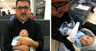 Un sacerdote ha adoptado un recién nacido con Síndrome de Down que había sido abandonado: ahora finalmente tiene una familia