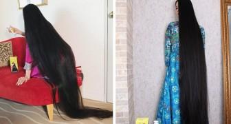 Als Kind wurde ihr verboten, ihre Haare lang zu tragen, jetzt hat sie sie seit 15 Jahren nicht mehr geschnitten: Sie nennt sich die japanische Rapunzel