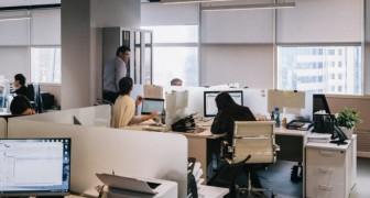 Un'azienda cinese installa dei timer nei bagni dell'ufficio per controllare il tempo di permanenza dei dipendenti