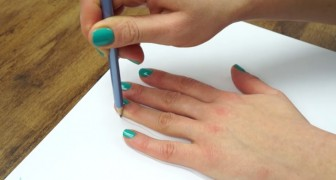 Here's how to draw your hand in 3D: AMAZING !