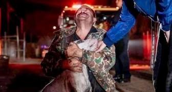 Il a tout perdu dans un grave incendie, à l'exception de son fidèle chien : leurs retrouvailles sont émouvantes