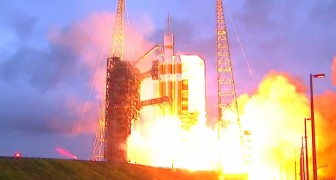 Enjoy the spectacular space launch of the Orion probe