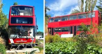 Un couple transforme un vieux bus londonien en une maison luxueuse et très confortable