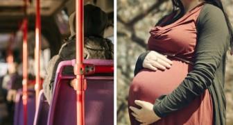 Un uomo rifiuta di cedere il suo posto in autobus ad una donna incinta e condivide su internet il perché