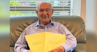 At the age of 104, he obtained his PhD by solving an impossible equation: it's never too late