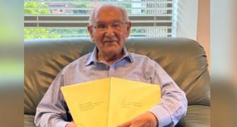 À 104 ans, il obtient son doctorat en résolvant une équation impossible : il n'est jamais trop tard