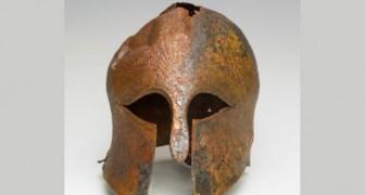 Fund eines seltenen Bronzehelms aus 2500 Jahren: gehörte einem griechischen Soldaten