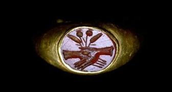 Anelli di fidanzamento e fedi nunziali romane: i simboli dell'unione tra mani e cuori