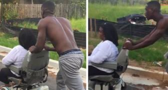 Een onbekende brengt een gehandicapte vrouw thuis wier rolstoel kapot is: niemand stopte om haar te helpen
