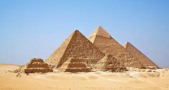 Wie haben die alten Ägypter die schweren Steinblöcke bewegt? Ein Detail eines Gemäldes deutet es an