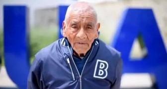 Tiene 84 años y se acaba de graduar con las mejores calificaciones: Tengo la intención de seguir estudiando