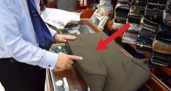 Un homme vous explique comment plier un costume sans le froisser. Le secret est… L'AIR!
