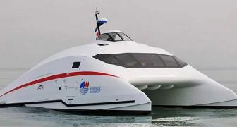 Dit super aerodynamische jacht kan met 100 km/u over water vliegen