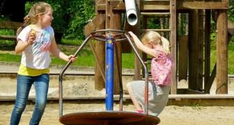 Wir wollen hier keine Jungs!: Sie vertreibt eine Mutter, die ihren Sohn mit ihren Mädchen im Park spielen lassen wollte
