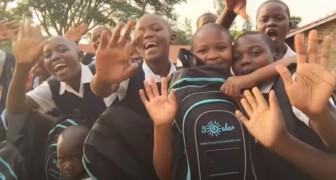 Une jeune femme fabrique des sacs à dos solaires pour aider les enfants africains contraints d'étudier dans l'obscurité