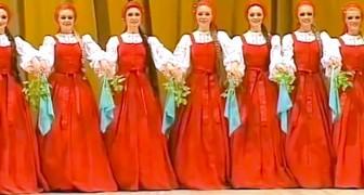 Sembra un normale ballo tradizionale, ma aspettate che inizino a muoversi...
