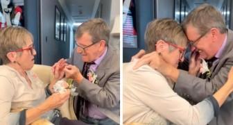 Ze zijn 45 jaar getrouwd, maar zij heeft de ziekte van Alzheimer en raakt elke keer weer ontroerd als hij haar ten huwelijk vraagt