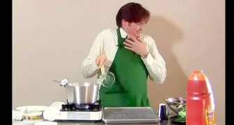 Começa como um vídeo normal de cozinha, mas depois vira um desastre!