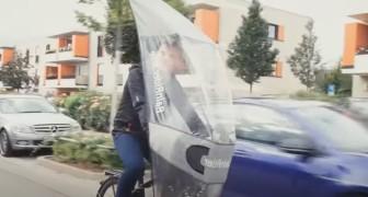 Una startup tedesca progetta un parabrezza per bici che protegge i ciclisti dalla pioggia