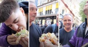 TikToker accetta la sfida e mangia un gigantesco hamburger davanti a manifestanti vegani
