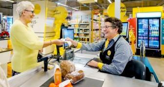 En mataffär inför långsamma kassor där ensamma äldre människor kan prata med personalen