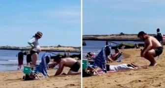 Cava un agujero en la playa para que la esposa embarazada se acueste: una prueba de amor verdadero